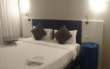 ホテル3.png